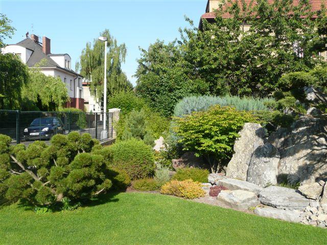 562-bonsaje-v-zahrade-4.jpg